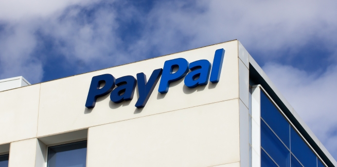 PayPal launches credit card