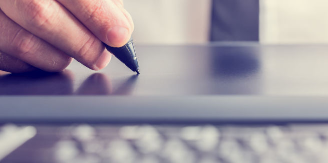 Non-major lender adopts digital signatures